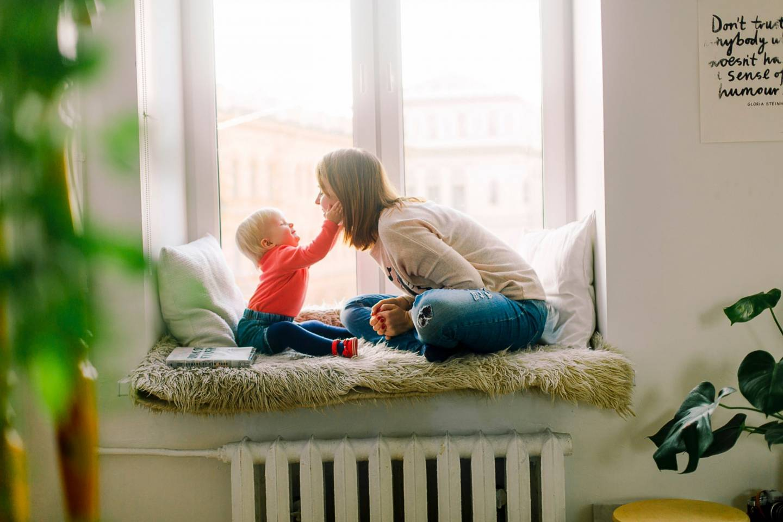 adorable-baby-babysitter-1257110
